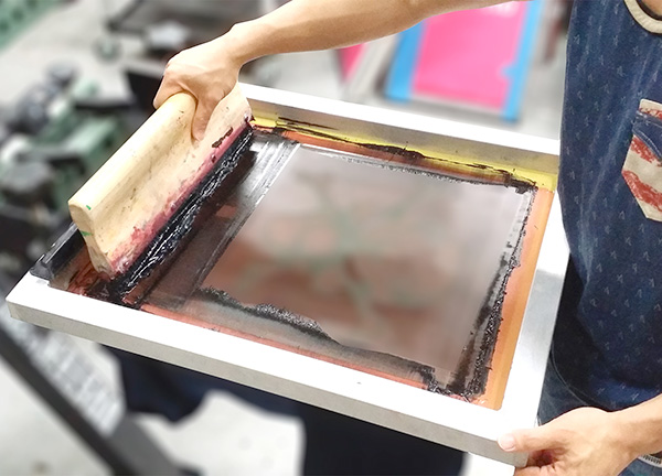 Overview of Screen Printing the Pros and Cons